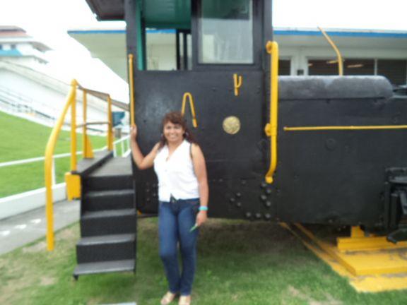 Anipati, Mujer de Quito buscando pareja