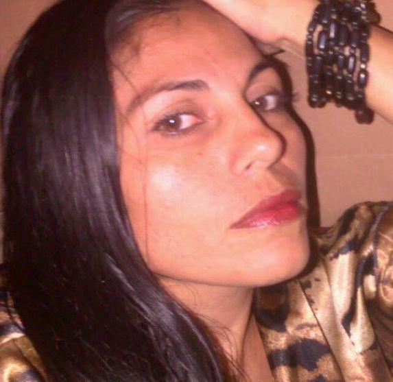 Beyanica, Mujer de San José buscando conocer gente
