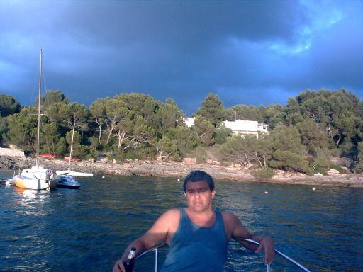 Vicentev, Hombre de Palma de Mallorca buscando una cita ciegas