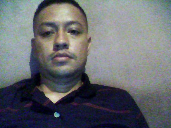 Colindres, Chico de Tegucigalpa buscando conocer gente
