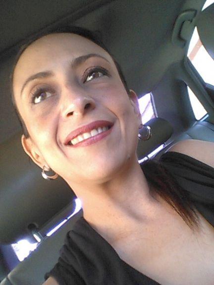 Maradios, Mujer de Tuluá buscando pareja