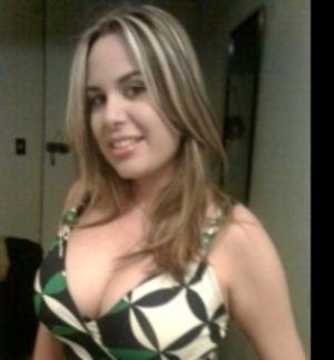 Sirenitamex, Mujer de Olivar del Conde buscando una cita ciegas