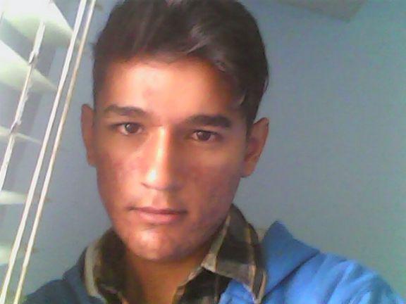 Chico busca chico en Contactos Bogota