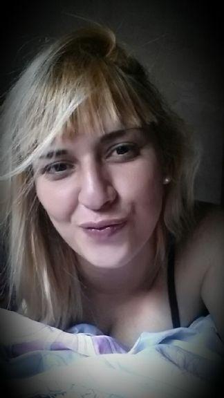Agustina222, Chica de Berazategui buscando pareja