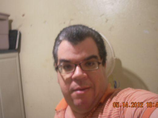 Wiso33, Hombre de San Juan buscando pareja