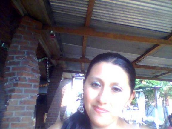 Bllezamistik, Chica de El Rodeo buscando pareja