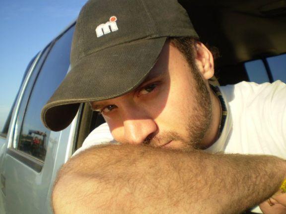 Miguelmiche, Chico de Corrientes buscando amigos