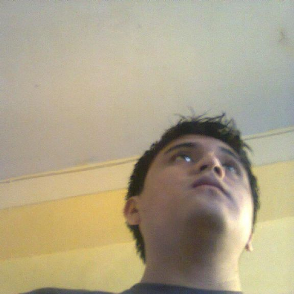 Jhoncito2, Chico de Ate buscando una cita ciegas