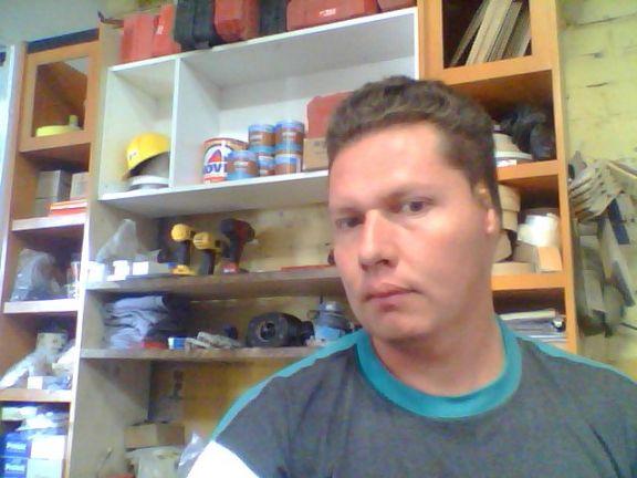 Odiseomaximo, Hombre de Ciudad Guzman buscando conocer gente