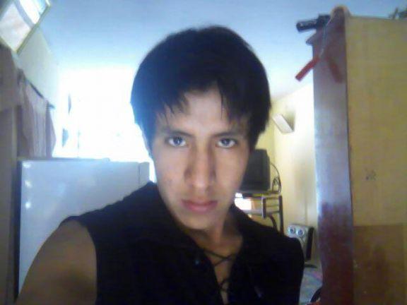 Ceduar, Chico de Chimbote buscando conocer gente