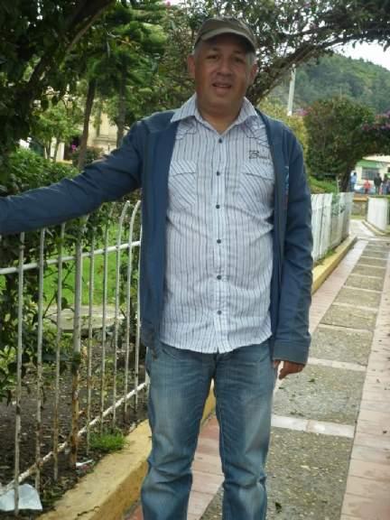 Renacer1, Hombre de Antonio Narino buscando pareja