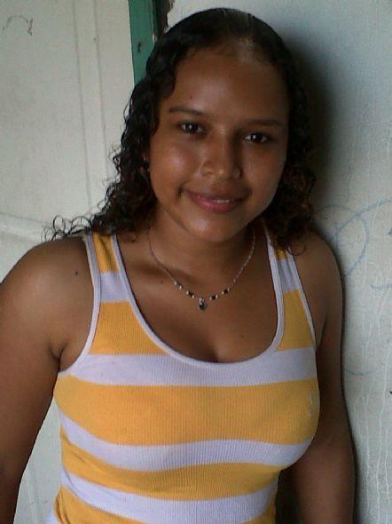 Yeidy, Chica de Colón buscando amigos