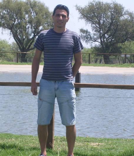 Hombrelindo, Hombre de San Isidro buscando pareja
