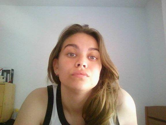Martaa18, Chica de Valencia buscando una cita ciegas