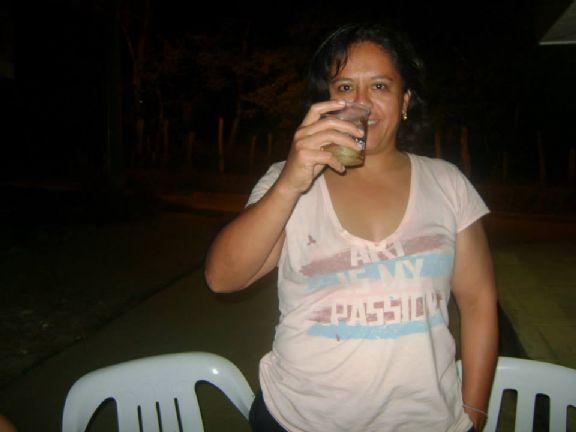 Elefantito, Mujer de Distrito Capital buscando pareja