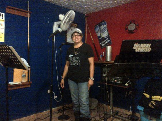 Trinymusic, Mujer de Puerto Rico buscando amigos
