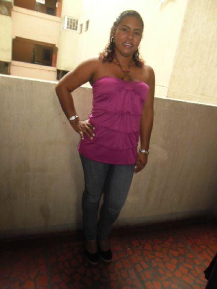 Rosana1978, Mujer de Miami buscando una relación seria