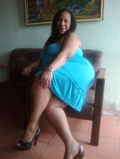 Rosalien, Mujer de Desamparados buscando pareja
