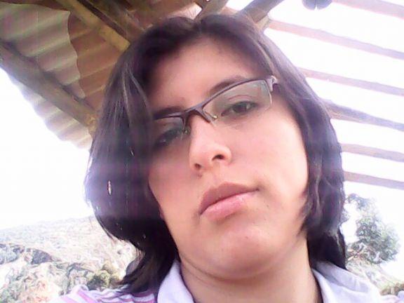 Yaneth2390, Chica de La Libertad buscando amigos