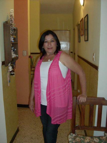 Labruja, Mujer de Miami buscando conocer gente