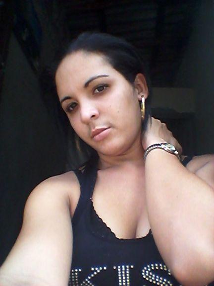 Ise14, Chica de Las Tunas buscando una relación seria