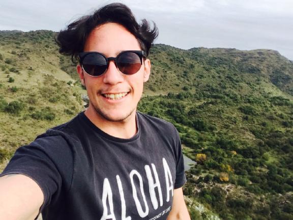 Bezeq03, Chico de Villa Carlos Paz buscando conocer gente