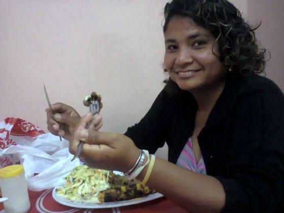 Lovid, Mujer de Guayaquil buscando amigos