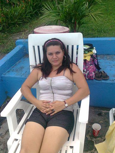 Johancoto, Mujer de Siquirres buscando amigos