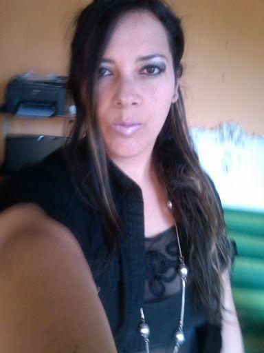 Guapadama, Mujer de Quito buscando pareja