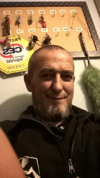 Javier1310, Hombre de Montevideo buscando una relación seria