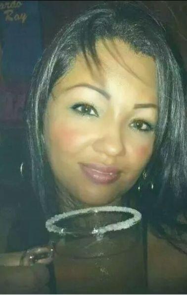 Angeles0607, Mujer de Bucaramanga buscando una cita ciegas