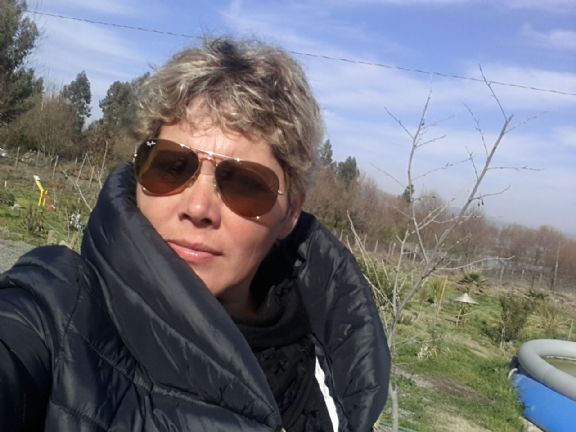 Nariposa, Mujer de Aguas Blancas buscando amigos