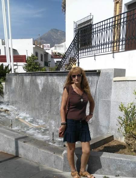 Shayndele, Mujer de Arroyo de La Miel buscando pareja