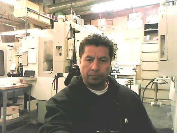 Roboto, Hombre de Palmdale buscando pareja