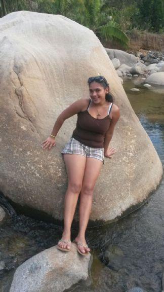 Adri23, Chica de San Vito buscando amigos