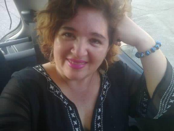 Melinaisabel, Mujer de Naranjito buscando amigos