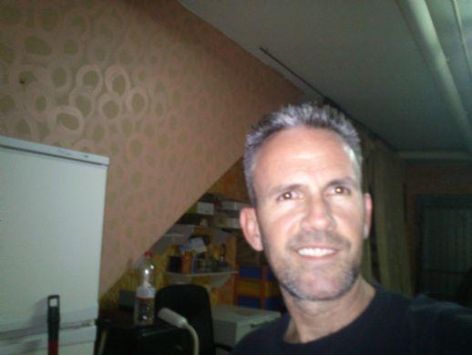 Lobus, Hombre de Murcia buscando amigos