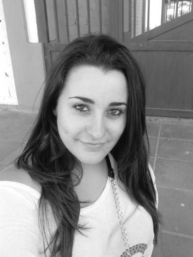 Dakota20, Chica de Los Ángeles buscando conocer gente