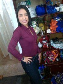 Madser, Chica de Caracas buscando una cita ciegas