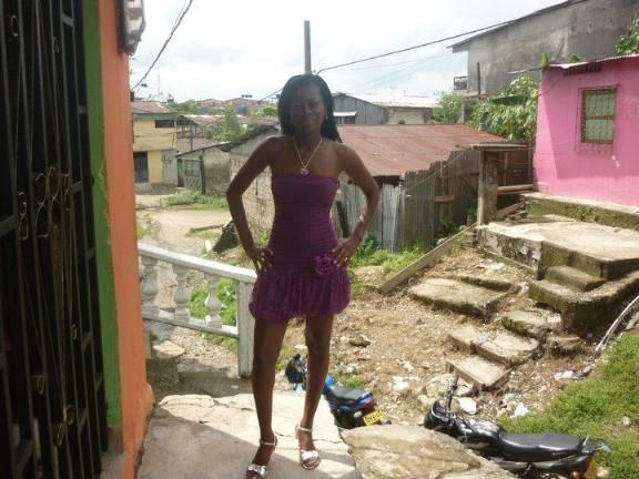 Nenaseria, Chica de Medellín buscando pareja