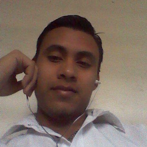 Criscastillo, Chico de San Pedro Sula buscando pareja