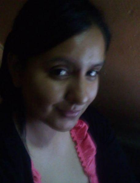 Lokagueza, Mujer de  buscando conocer gente