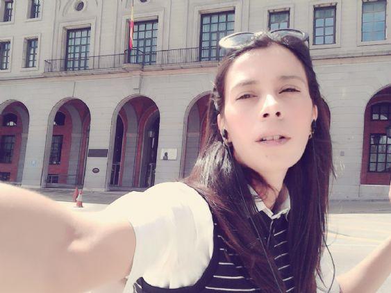 Mariantoniet, Chica de Madrid buscando una cita ciegas