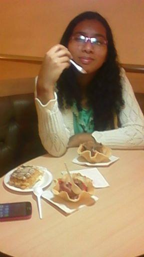 Aoiyuki, Chica de Quito buscando una cita ciegas