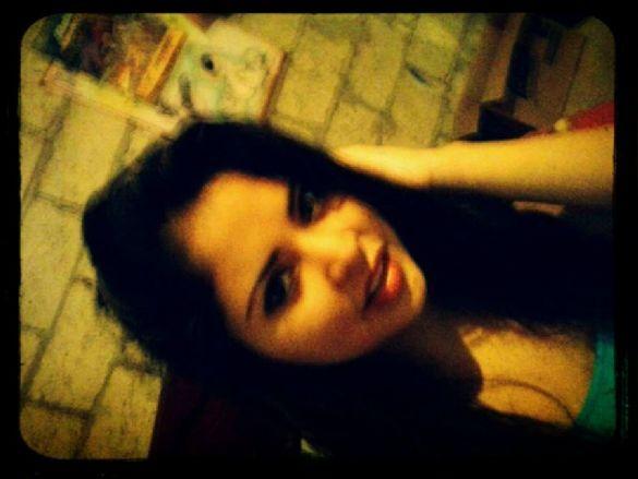 Lacaliente, Chica de Duran buscando amigos