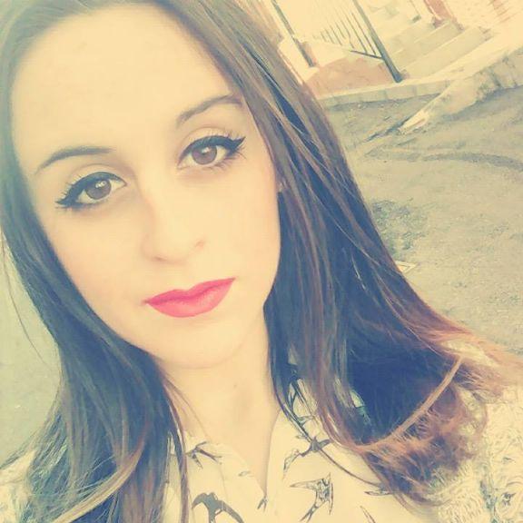 Monicadb, Chica de Málaga buscando mujeres