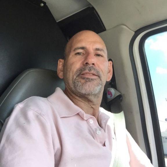 Kike0722, Hombre de Miami buscando pareja