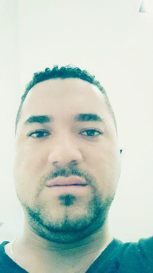 Chrisjaver27, Chico de Villavicencio buscando una cita ciegas