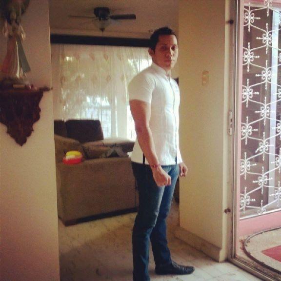 Blanque, Chico de Mérida buscando pareja