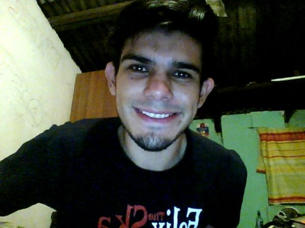 Danithoxd, Chico de San José buscando conocer gente